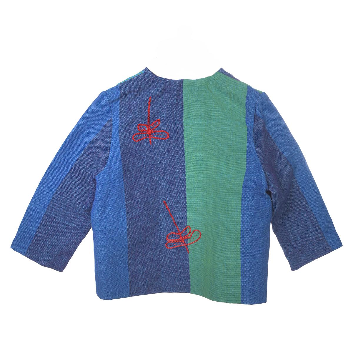 Blauw en groene vlakken jasje met rode borduursel achterzijde