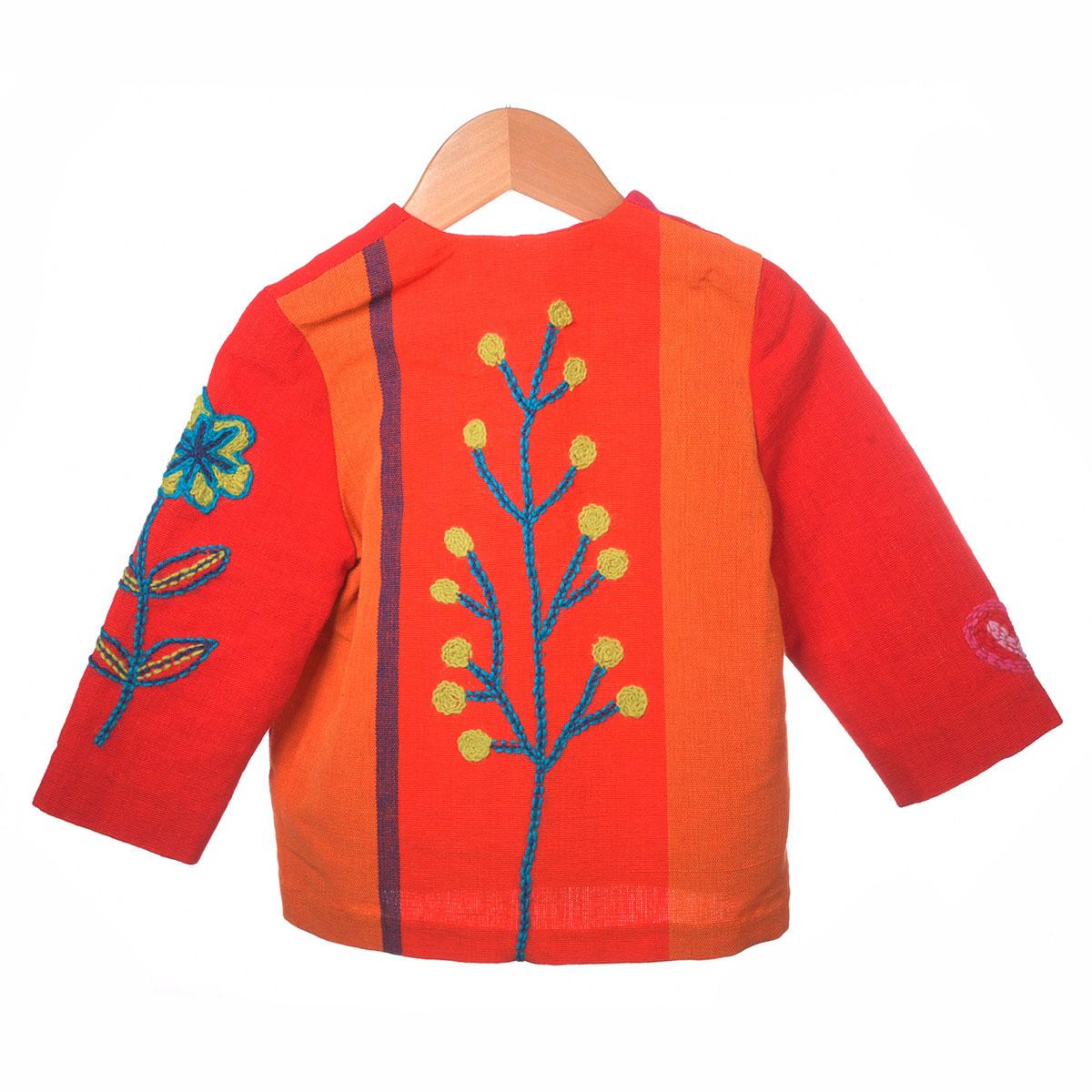 rood roze jasje, bloem borduursel achterzijde
