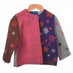 donkerblauw roze en jasje bloem borduursel