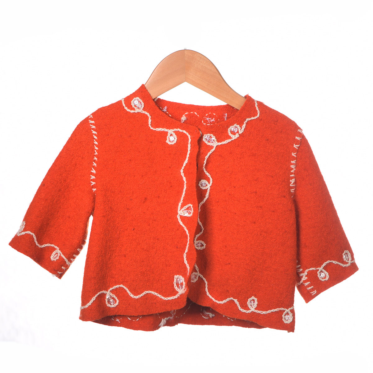 rood en jasje wit borduursel