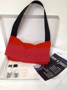 borduurpakket tas met motief uit Jemen